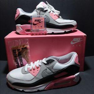 NIB Nike Air Max 90 Running Shoe CD0490-102